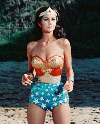 Lynda-Carter---Wonder-Woman 330 7907.jpg