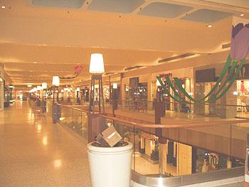 Shopping mall 5162.jpg