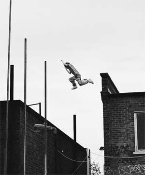 Roofhopping 8449.jpg
