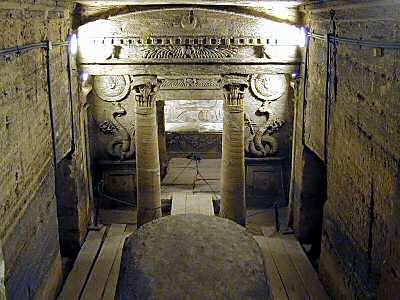 Egyptian-tomb11 7753.jpg