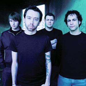 Rise Against-band-2006 8375.jpg