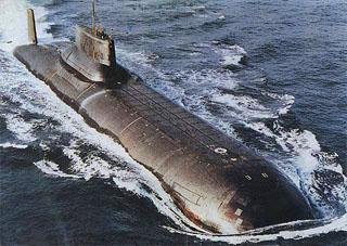Typhoon sub 6822.jpg