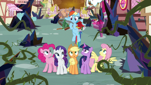 Rainbow brings gardening tools to her friends S9E2.png