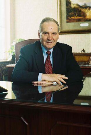 Norman Geisler 2004.jpg