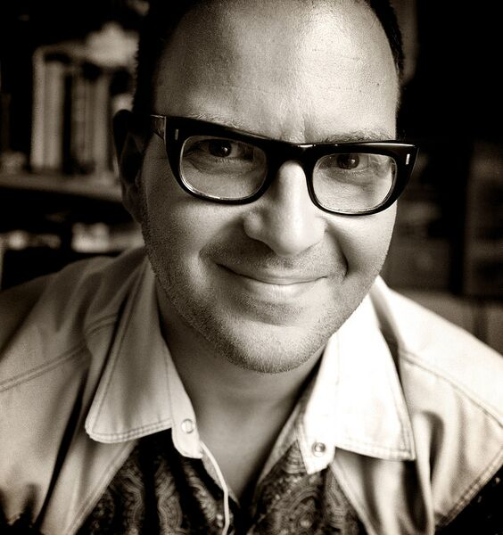 File:846px-Cory Doctorow portrait by Jonathan Worth 2.jpg