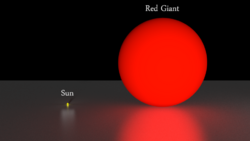 Sun-vs-red-giant.png