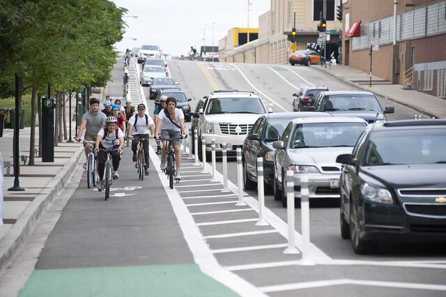 On-way-cycle-track Chicago.jpg