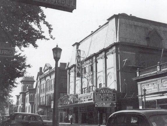 Avontheater1950s.jpg