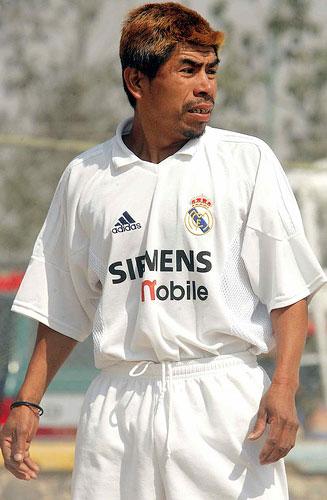 Tizio con maglia del Real Madrid.jpg