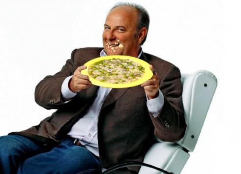 Gerry Scotti sporco di riso.jpg