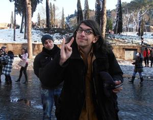 Gabriele Paolini, specializzato nel ruolo del malmenato.