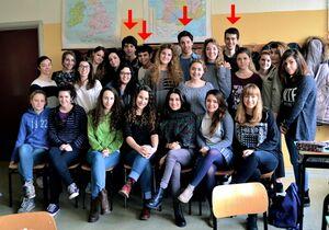 Classe liceo largamente femminile.jpg