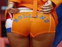 Ragazza olandese culo.jpg