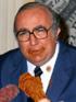 Giovanni Spadolini con pollo fritto e salsiccia.png