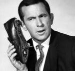 Telefono scarpa.jpg