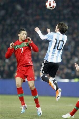 Messi Cristiano Ronaldo.jpg
