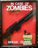 In caso di zombie, rompere il vetro.png
