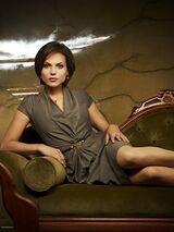 Regina Milf Mills in tutto il suo figherrimo splendore e la lampante eterosessualità di Emma e Regina.