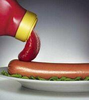 Ketchup e Würstel.jpg