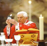 Ratzinger tastevin.jpg