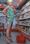 Donna delle pulizie.jpg