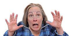 Donna terrorizzata.jpg