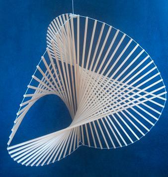 File:3x17 strut Marcelo Pars tns011a.jpg