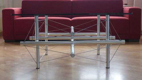 9 strut table side2 van Dokkum.jpg