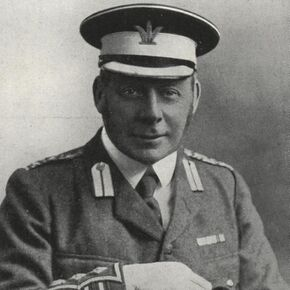 The Earl of Lonsdale (cropped).jpg