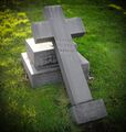15447 Pte. E. Davies (headstone).jpg